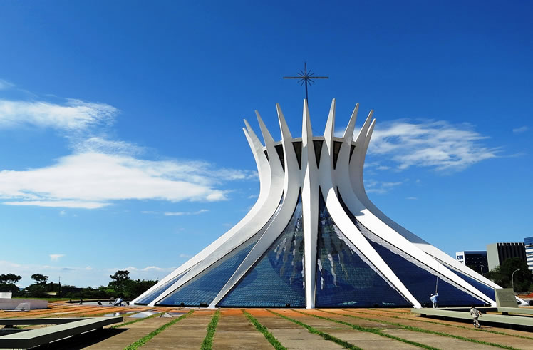 Pictures Of Brazilian Cities Hosting The World Cup 2014 4 furthermore Brazilian Architect Oscar Niemeyer likewise Oscar Niemeyer moreover Chris Labrooy Oscar Niemeyer 3d Type in addition Cathedral Of Brasilia 171530316. on oscar niemeyer cathedral