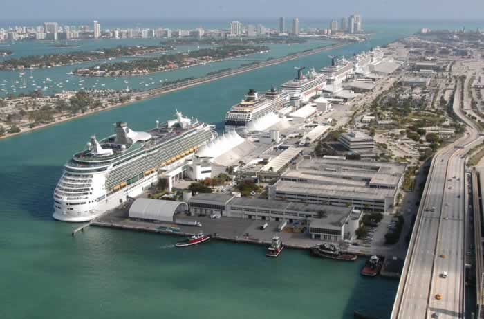 port naval