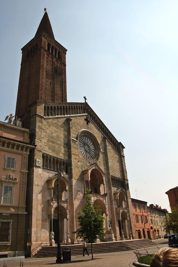 Catedrala Piacenza